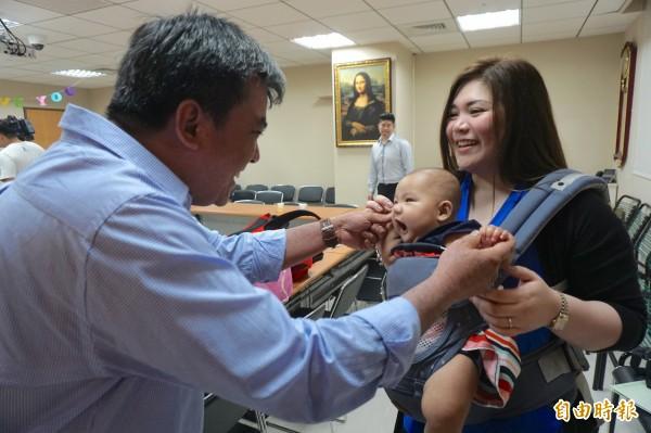 20170829茂盛醫院菲律賓議員費南德茲夫婦-2